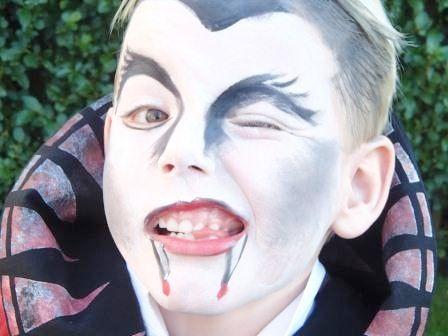 Enge vampier! #schminken #vampier #kids