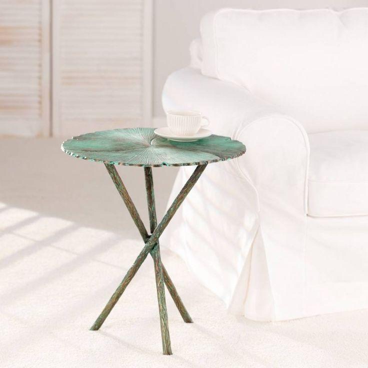Elegant coffee table.  #dekoria #table #elegant #chabic #chic #white #natural #france #style #vintage#stol #retro #furniture #lamp #lapa #biale #meble #coffee  #sofa #stolik #kawa #stolikdokawy
