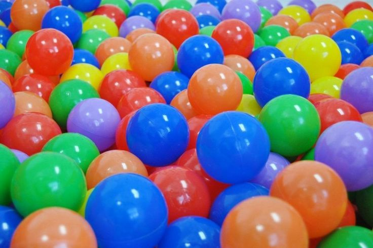 200 Ball Pit Balls 6 Colors Safe Play Hut Tent Kids Room Clubhouse Pool Tub Fun