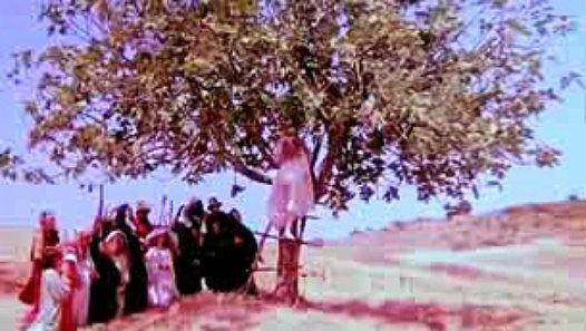 Vizionează filmul «La mazurka del barone, della Santa e del fico fiorone - PRIMO TEMPO» încărcat de Herbst Stefan pe Dailymotion.