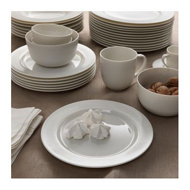 IKEA OFANTLIGT plate Made of feldspar porcelain, which makes the plate impact resistant and durable.