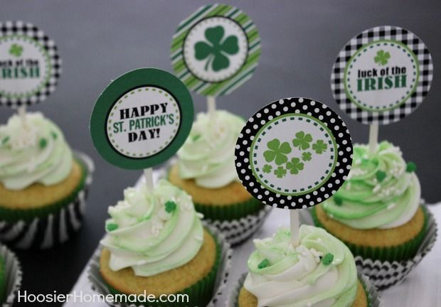 Free Printable St. Patrick's Day Cupcake Toppers :: Available on HoosierHomemade.com