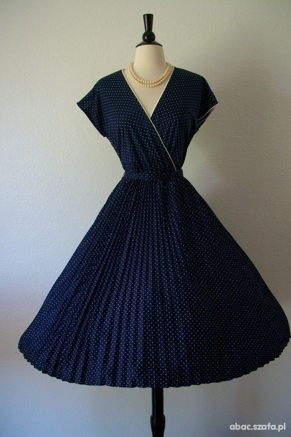 Sukienka rozszerzana lata 50 w Suknie i sukienki - Szafa.pl