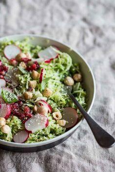 Groenteschotel met hazelnoot en broccoli https://everydayhealthy.nl/groenteschotel-met-hazelnoot-en-broccoli/