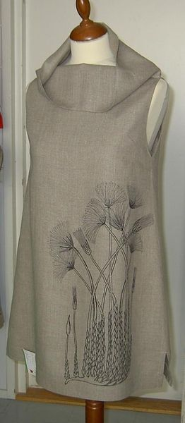 love the print and the collar  Pellava tunika / linen tunic http://www.quiltingparadise.net/