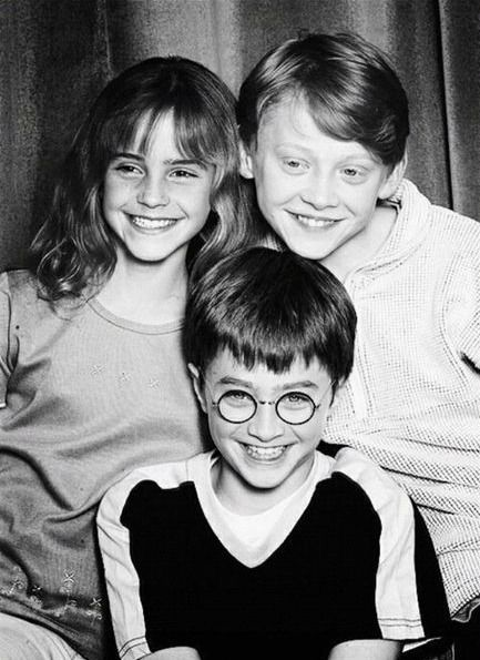 Look how young they were here;)  I so miss the anticipation of a new Harry Potter novel!