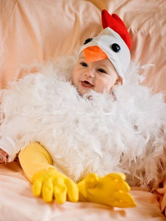 Tu bebé se verá monstruosamente #adorable con este #disfraz #casero de gallina. Se robará las miradas de todos en #halloween