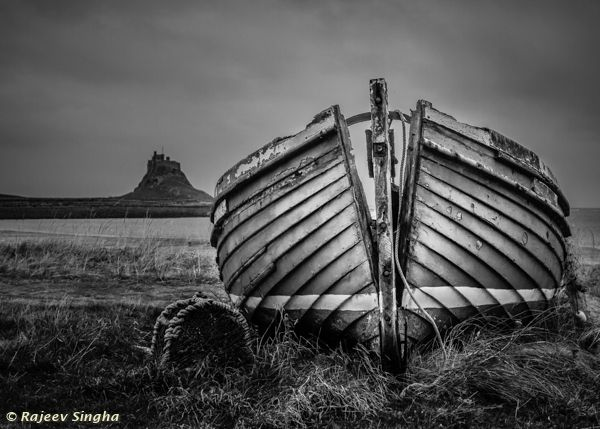 Lindisfarne - old boat and castle