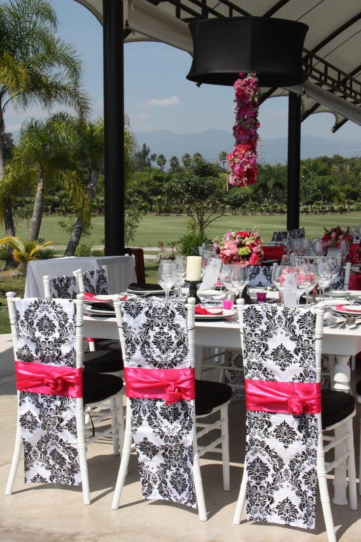 Black folding chairs wedding - Hanging Arrangement Wedding Destinationwedding Morelos Fuscia Flowers Centerpieces Damask