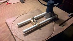 Router jig for a perfect circle