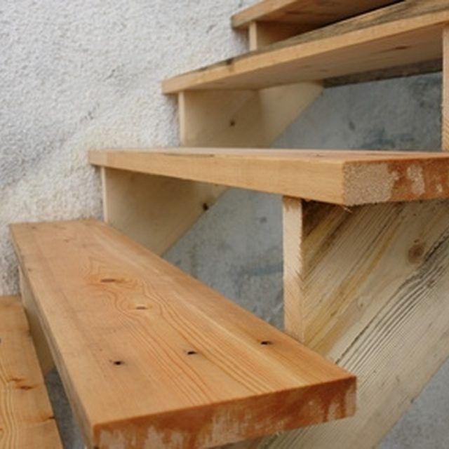 Best How To Build Portable Wooden Steps Basement Steps 400 x 300