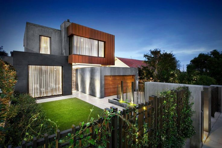 House in Melbourne by Bagnato Architects - Australia
