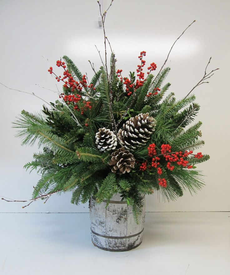 Floral Table Decorations For Christmas  Fdf019c19358994538bf8ae56a377e4c Christmas Floral Arrangements Christmas Centerpieces