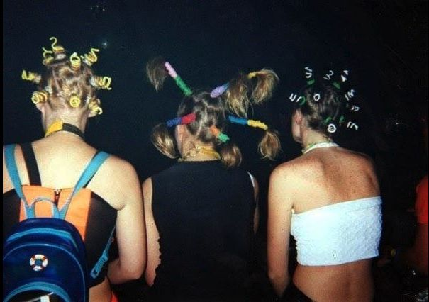 Hairspiration: The return of the 90's mini buns. http://www.dazeddigital.com/fashion/article/13510/1/bleach-re-opening