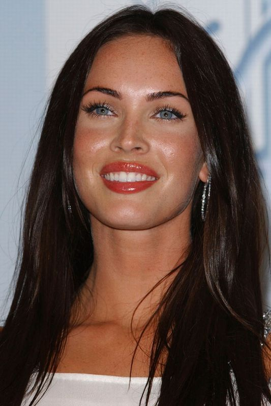 Megan Fox hair: Foxy locks