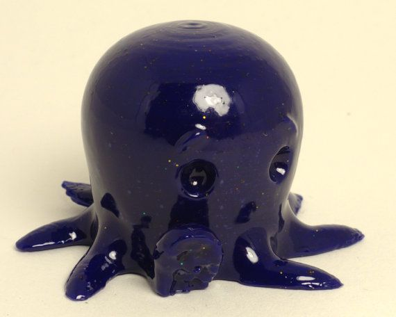 Cute octopus says hello figurine by Fabsterdam on Etsy, €8.00