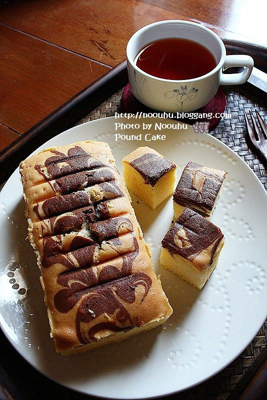 Bloggang.com : นู๋ยู้ฮู้ : MARBLE POUND CAKE แสนอร่อย ( สูตรเดียวกับ POUND CAKE )