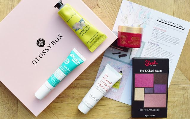 A look inside the March 2017 Glossybox UK box - a UK beauty subscription box.