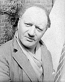 Vikipedi-Sir Jacob Epstein (d. 10 Kasım 1880 New York ve ö. 19 Ağustos 1959 Londra). Jacob Epstein heykelleriyle sanat çevrelerinde büyük tartışmalara yol açan 20. yüzyıl sanatçılarındandır. Yapıtları bazı eleştirmenlerce göklere çıkartılırken, bazılarınca da amansızca eleştirildi.