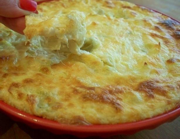 Hot Artichoke Dip  <3 I'm having this right now... yum yum yum <3