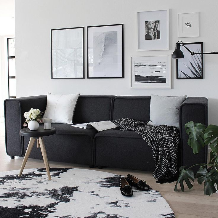 By Garmi Prints // Palm poster & Silver Light print // Living room Inspiration // Nordic Styling   Photo by: The Design Chaser
