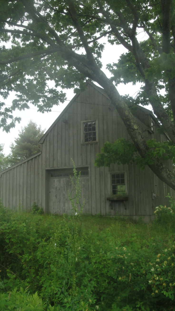 Barn in Maine ~ I would convert this into a home & live in this barn.
