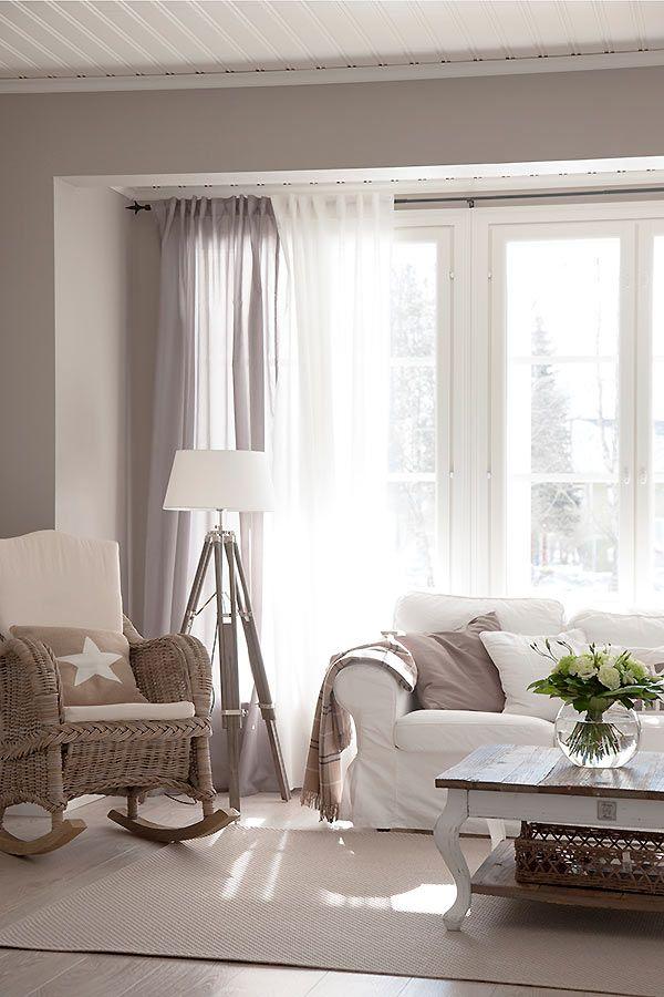 Oltre 25 fantastiche idee su tende soggiorno su pinterest for Tende arredo soggiorno