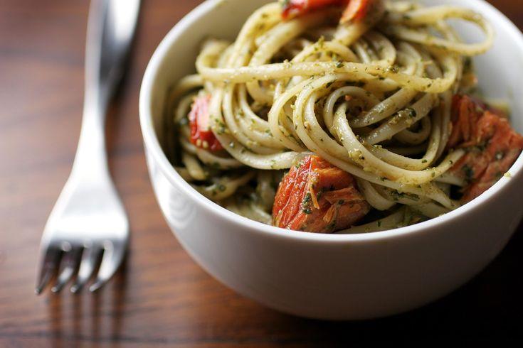 Pesto Salmon Spaghetti is a quick and and elegant recipe that combines cream, sour cream, leftover grilled salmon, and pasta.
