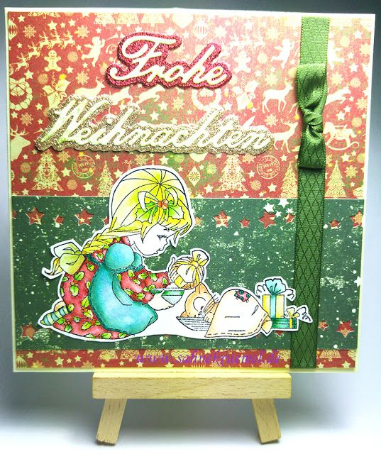 """Simple Christmas Greeting card with """"Merry Christmas, Bella"""" Whimsy Stamps; """"Frohe Weihnachten"""" Shape Dies Nellie Snellen; Designerpaper & Ribbon """"Victorian Christmas/Viktorianische Weihnachten"""" Marianne Design Glitzerpapier von Rayher; Colored with TwinklingsH2O"""