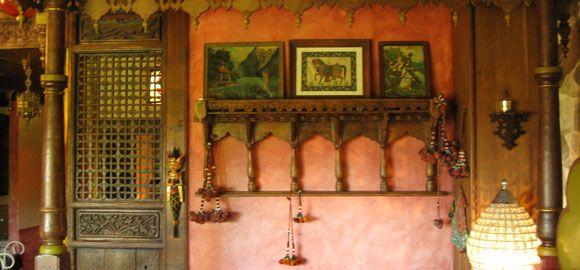Decorations-La-Serve,-Rhone