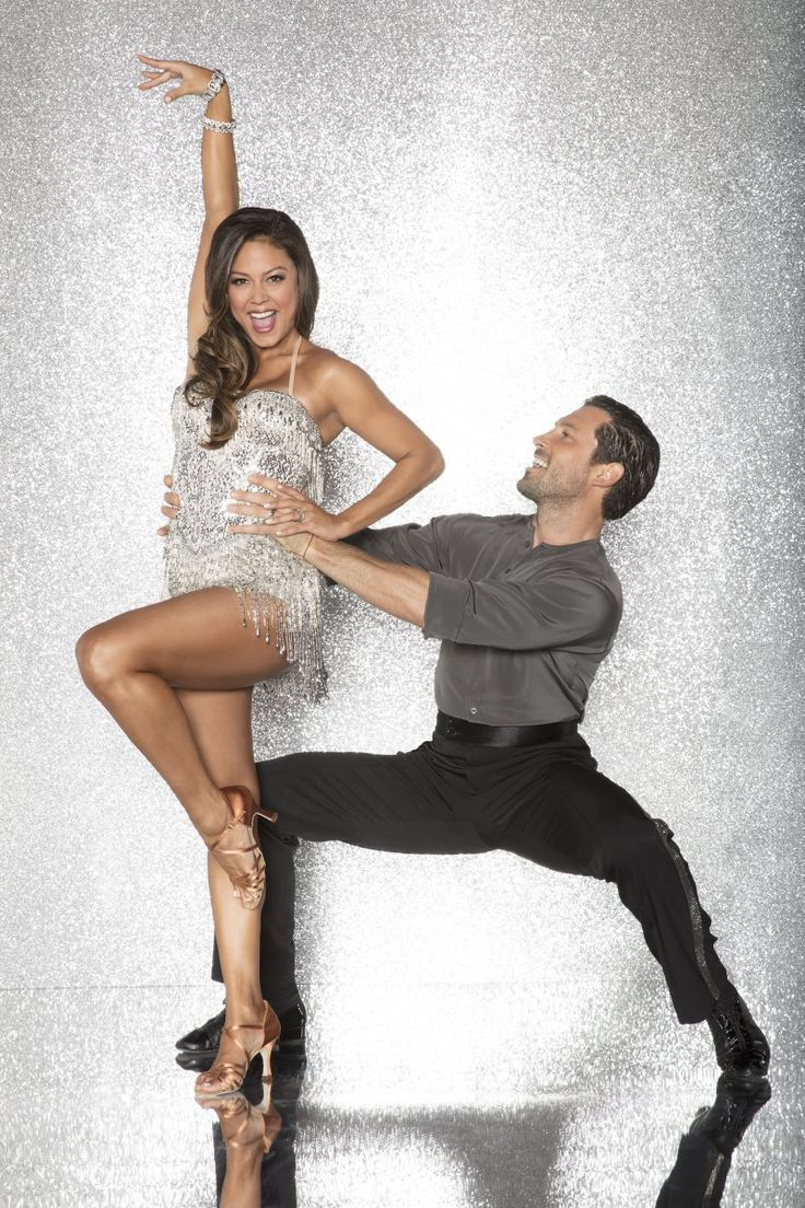 Maksim Chmerkovskiy previews 'Dancing with the Stars' routine with Vanessa Lachey Maksim Chmerkovskiy shared on Instagram Tuesday a video of himself practicing with his Dancing with the Stars partner Vanessa Lachey on a new ballroom dance routine. #DWTS #DancingWiththeStars