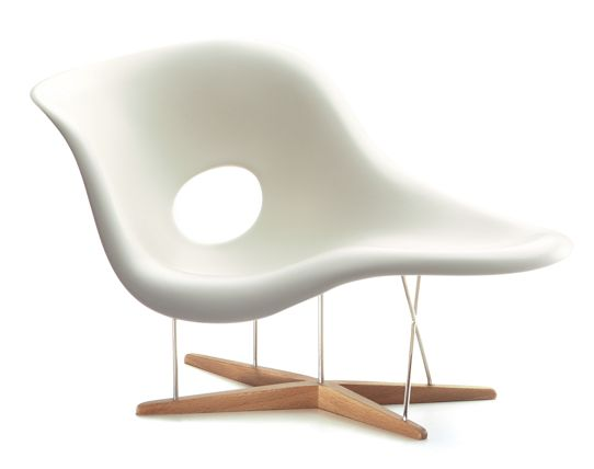 LA CHAISE 1948 BY: CHARLES & RAY EAMES USA