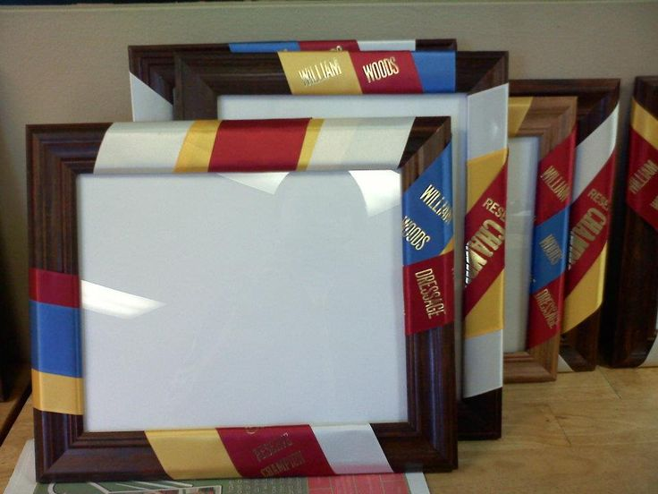 A great idea for using old ribbons to decorate picture frames.