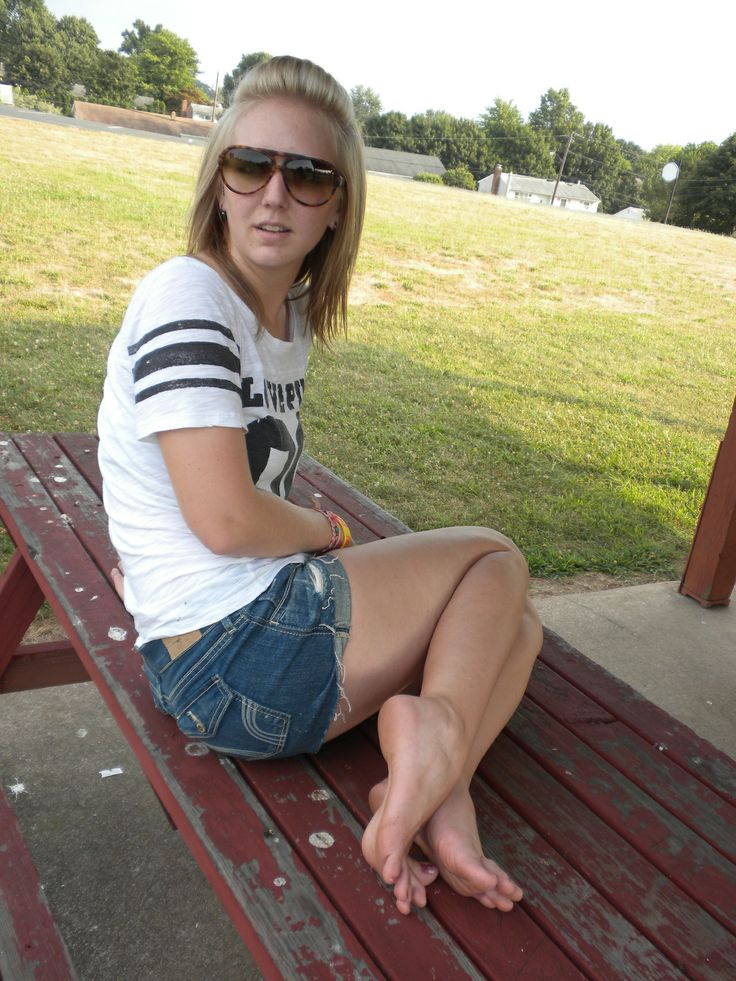 Bad White girls feet images free new day