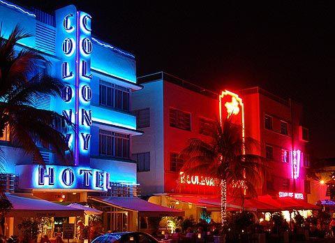 Ocean Drive neon