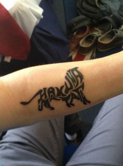 Hakuna Matata, by Garry - Tattoo really diggin it