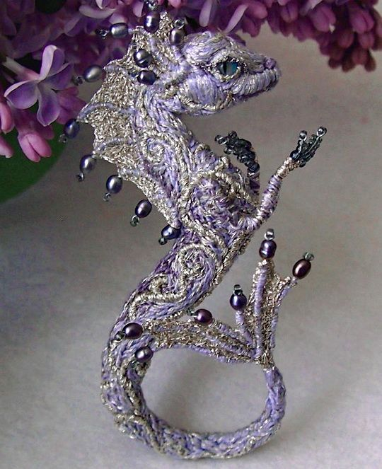 Beautiful beaded dragons by Alena Litvin | Beads Magic