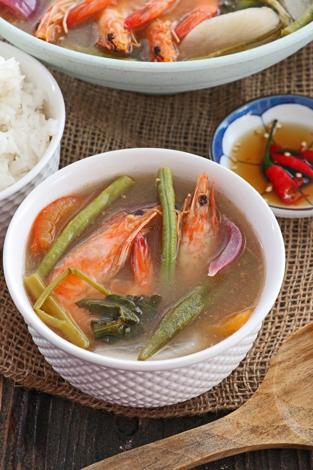 Pucker Up And Enjoy This Sinigang Na Hipon A Filipino Sour Soup With Shrimp And Vegetables Using Tamarind As The Sou Sour Soup Soup Dish Shrimp And Vegetables