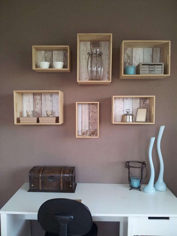 Met eenvoudige triplex kistjes in verschillende maten maak je snel een mooi opbergsysteem aan de - Kamer wanddecoratie kind ...