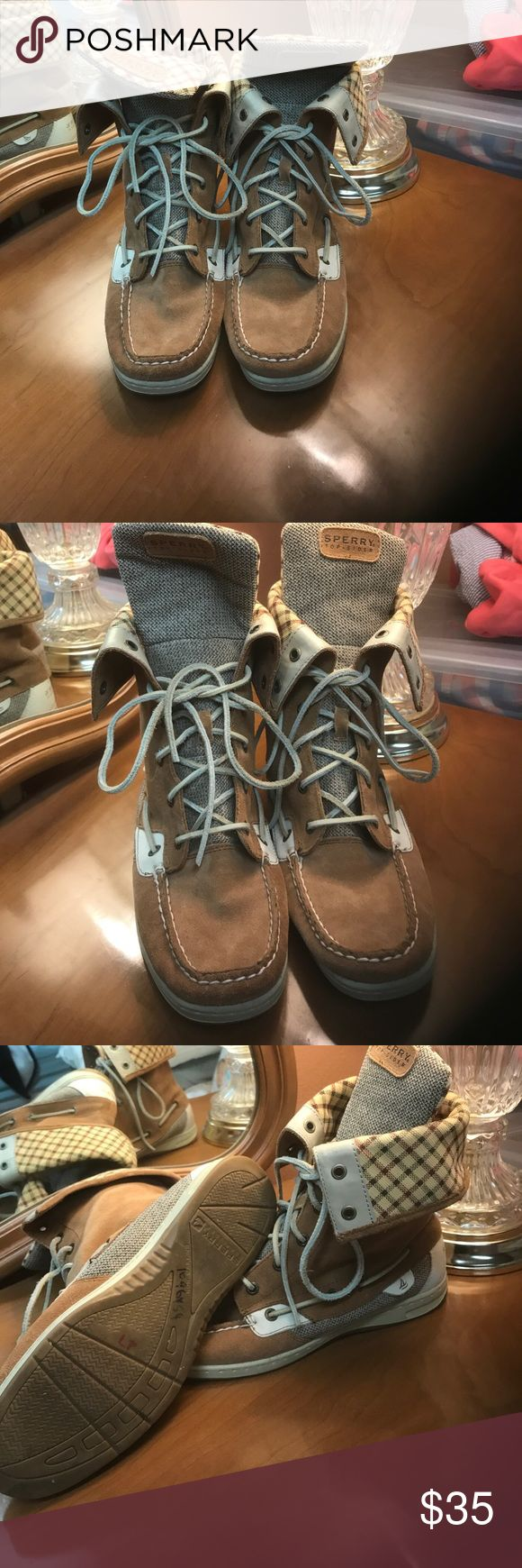 SALE💥Women's Sperry high top Great shoes! I'm selling due to issues with my feet; can't wear a lot of this style anymore Sperry Top-Sider Shoes