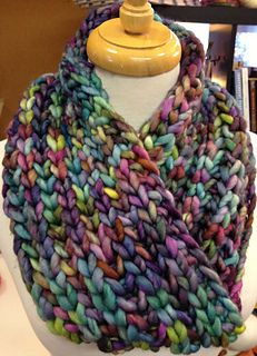 Super Bulky Brioche Cowl (with a Moebius Twist) Quick knit and only uses 90 yards of yarn. Great gift project.