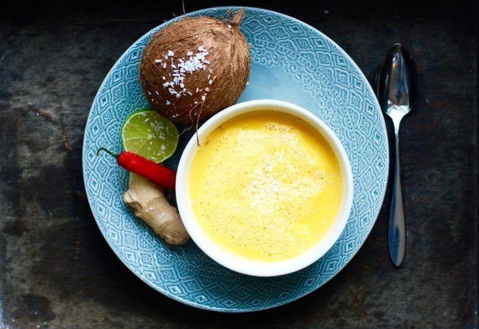 Ibland tryter tiden till matlagning, då är det ju toppen att bara slänga ihop en soppa. Detta är faktiskt en favorit hos mina barn, även fast det faktiskt smyger fram lite hetta i rätten....