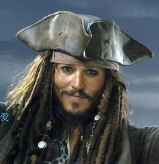 Captain Jack Sparrow (Johnny Depp) - Pirates Of The Caribbean