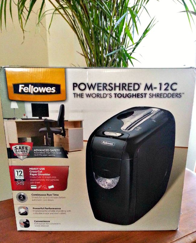 Give the gift of identity protection with a Fellowes shredder. #GiftFellowes #IC #ad