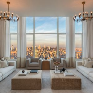 A Behind-the-Scenes Look at a $30 Million Penthouse with Sky-High Views of New York City http://robbreport.com/shelter/homes-for-sale/30-park-place-penthouse-new-york-sale-30-million-2788035/?utm_source=pinterest&utm_medium=social
