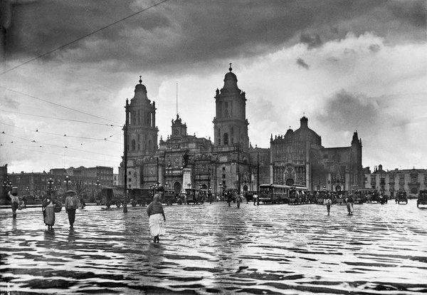Fotografías de un México que tuvo que morir para que pudiéramos vivir.