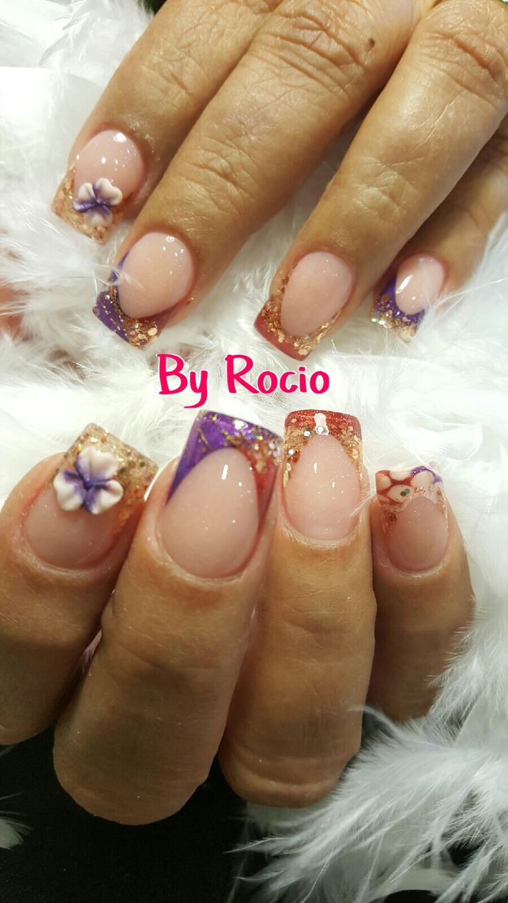Encapsulated nails with 3D nail art .