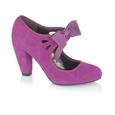 The actual colour... not as purple as I wanted Purple Mid Heel Cut Out detail Court Shoes with bow - Mid heel shoes - Shoes & boots - Women -