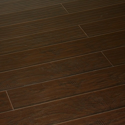 what is the best flooring for a kitchen chocolate lapacho laminate flooring get the look of 9932