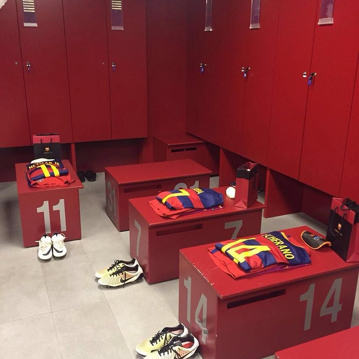 The Barça dressing room ready for today's game El vestidor del Barça preparat per al partit d'avui El vestuario del Barça preparado para el partido de hoy @fcbarcelona #SomHiTots #FCBEspanyol by fcbarcelona